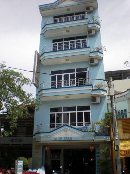 Khách sạn Blue Star trên đường Biệt Thự Nha Trang