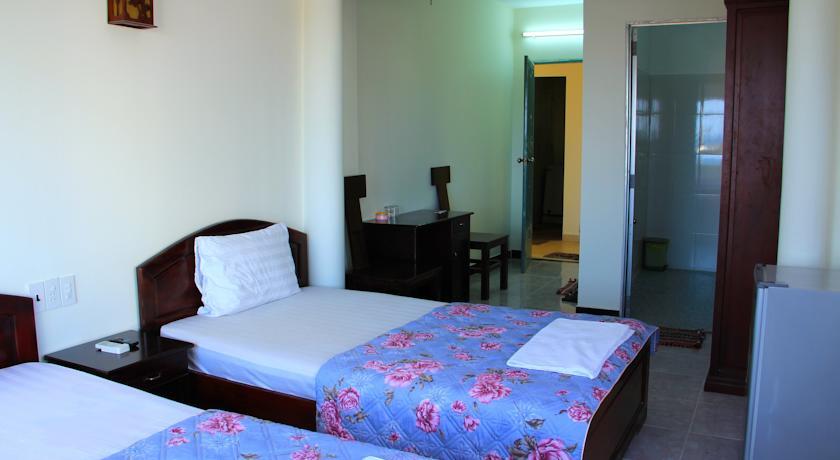 Khách sạn Hạnh Cafe | khách sạn đường hùng vương Nha Trang