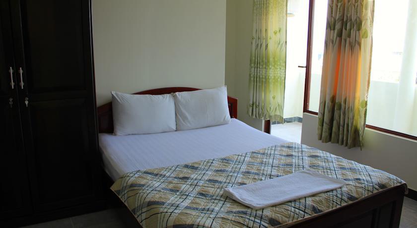 Khách sạn Hạnh Cafe   khách sạn đường hùng vương Nha Trang