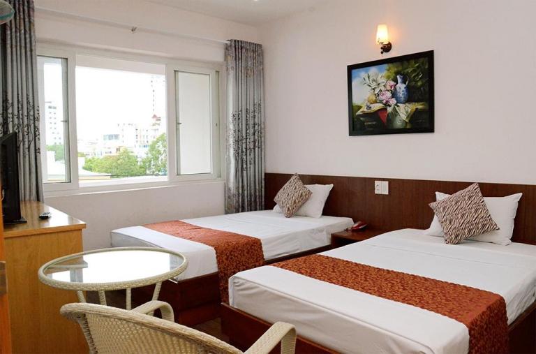 Khách sạn hà thành | khách sạn đường nguyễn thiện thuật nha trang