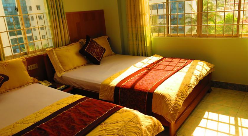 khách sạn quang vinh 2. đường phạm văn đồng nha trang