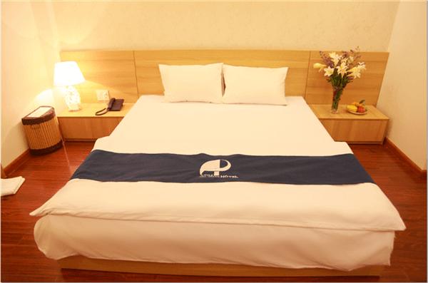khách sạn little. khách sạn 2 sao nha trang