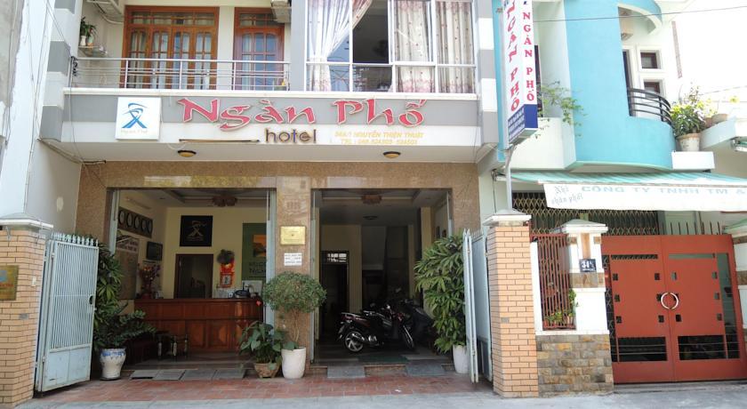 khách sạn ngàn phố. khach san nha trang