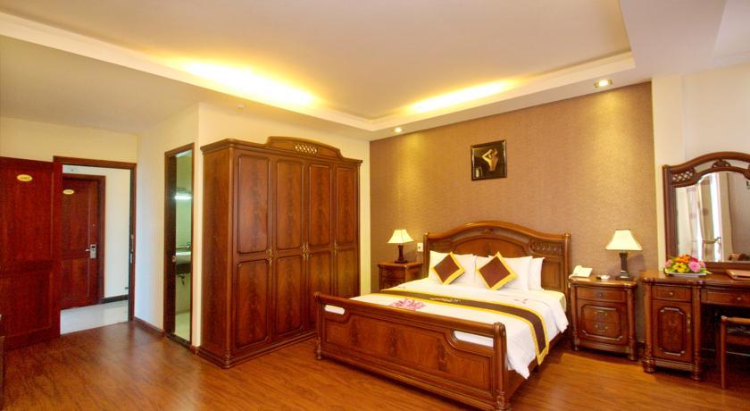 khách sạn luxury. khách sạn đường trần phú nha trang