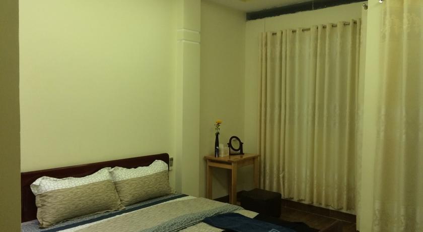 khách sạn golden moon. hotels in nha trang