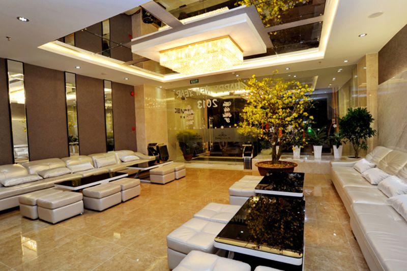 khách sạn dendro gold. đường trần phú nha trang